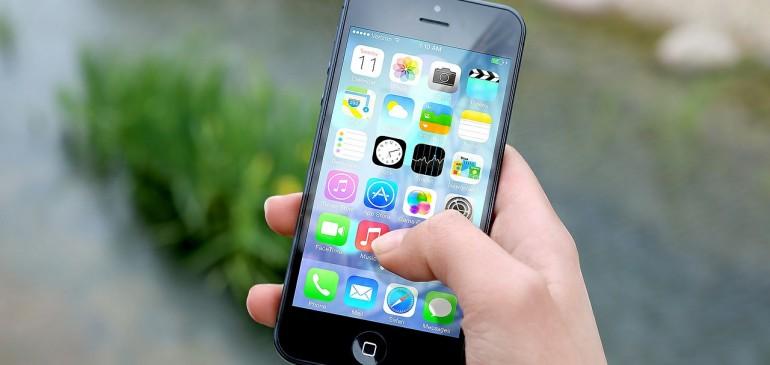 La deduzione delle spese telefoniche per professionisti e imprese